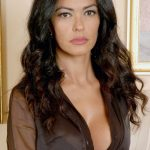 Maria grazia cucinotta model wallpaper