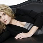 , Download French Girl Wallpaper