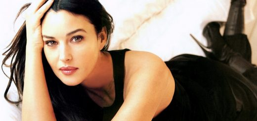 Monica bellucci wide wallpaper