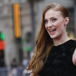 Sophie turner smile wallpaper