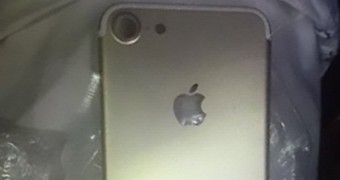 , High-Resolution iPhone 7 Leaks Reveal Dual Camera on Plus Model