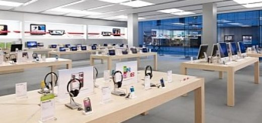 Thieves dressed as apple staff steal 16 000 worth of iphones from ny store