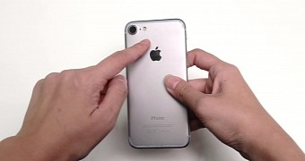 , Have a Closer Look at a Fake iPhone 7 in This HD Video