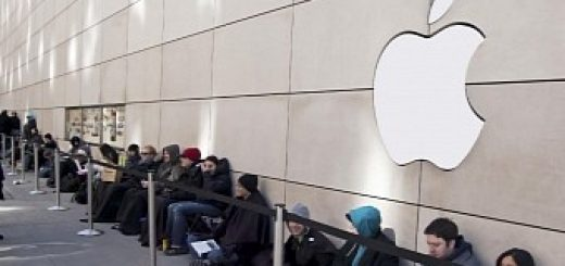 Apple dreaming about lines at apple stores for iphone x launch