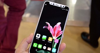 , The Chinese Have Already Cloned the iPhone X and Its Notch