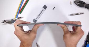 , Apple Explains Why Bending Devices Are Perfectly Normal