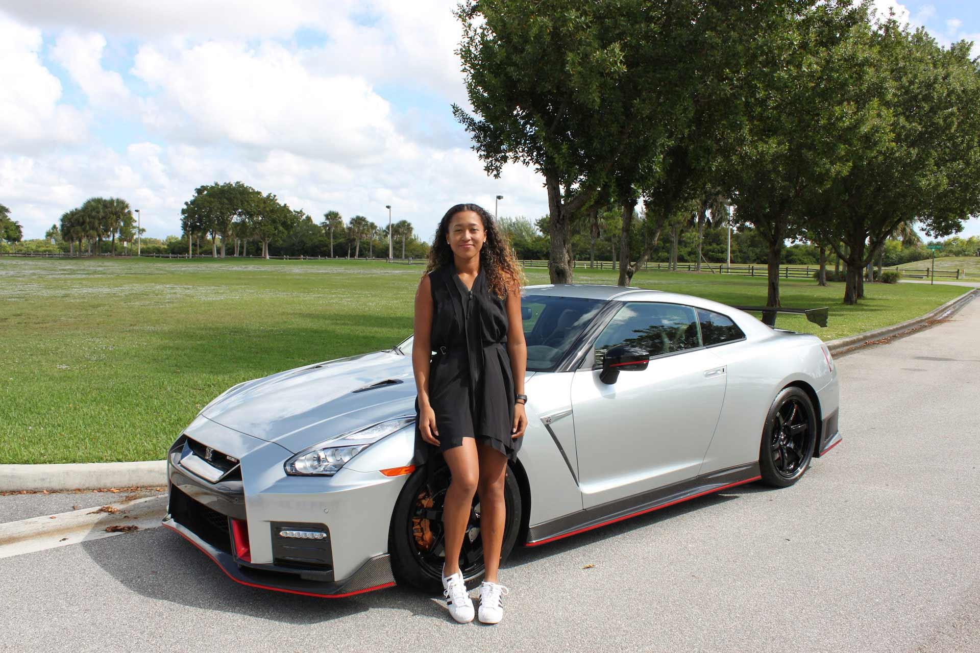 Naomi osaka driving nissan gt r car