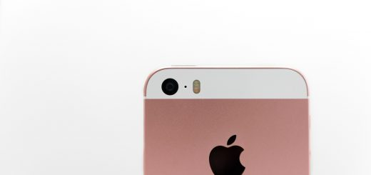 Apple just doesn t want to let its 4 inch iphone go brings it back in stores 525027 2