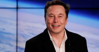 , Tesla CEO Blasts Apple for the Quality of iPhone Software Updates