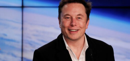 Tesla ceo blasts apple for the quality of iphone software updates 529418 2