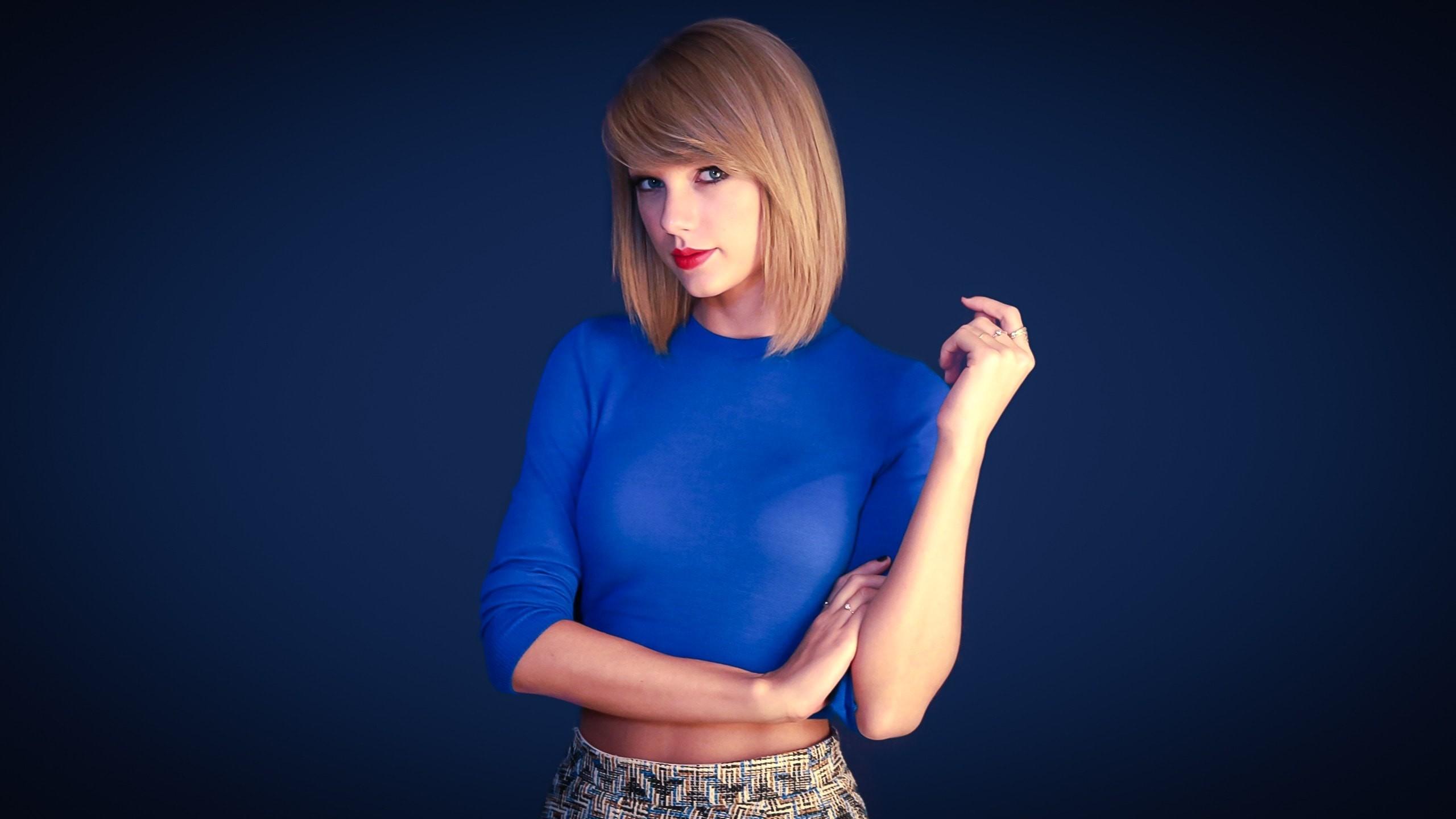 Taylor swift blue tshirt