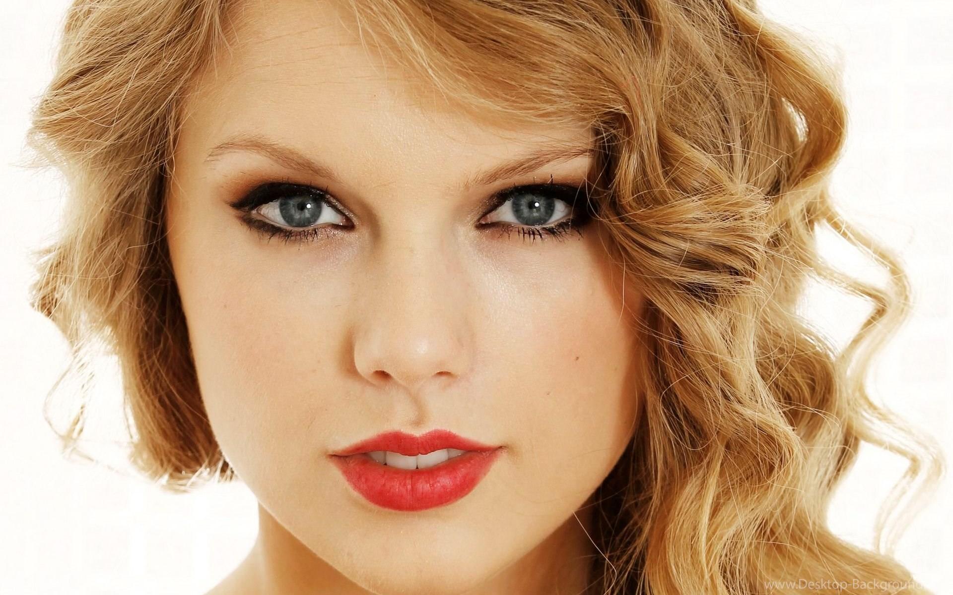Taylor swift closeup face