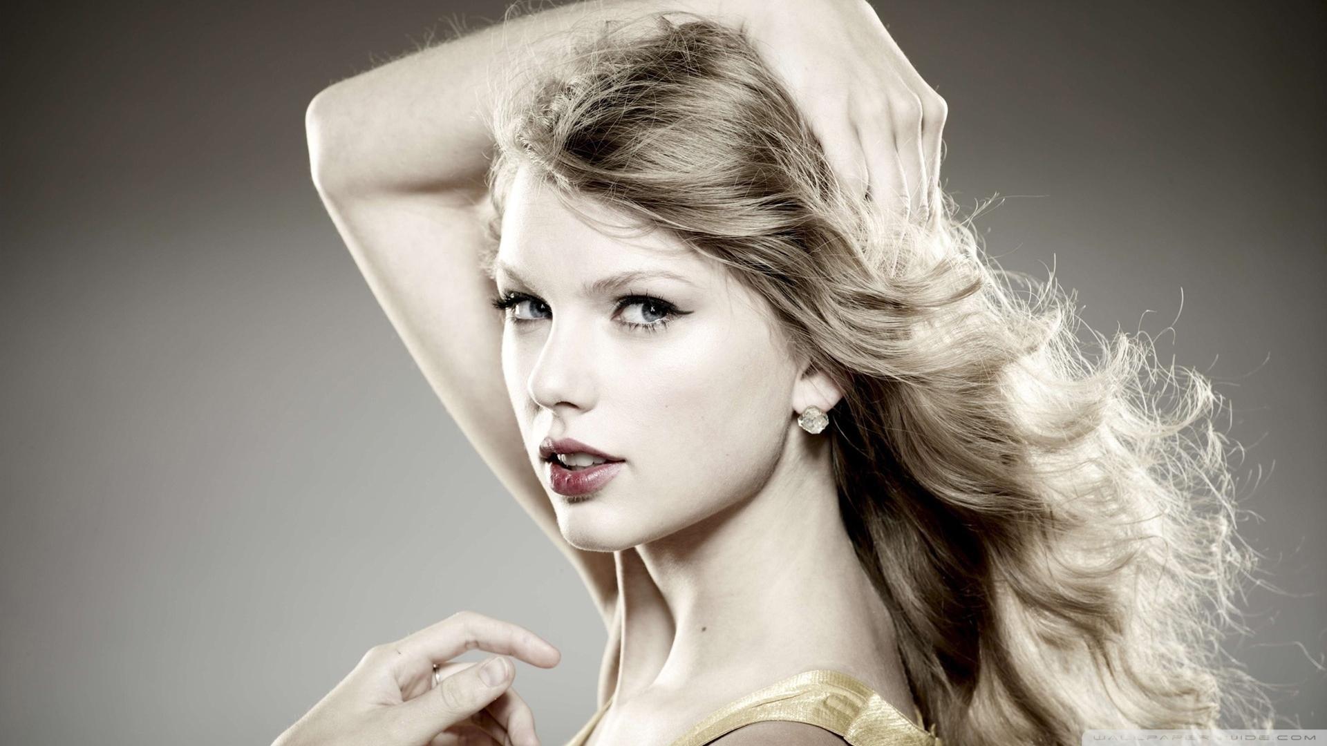 Taylor swift teeth