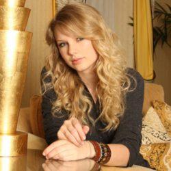 Taylor swift face hd