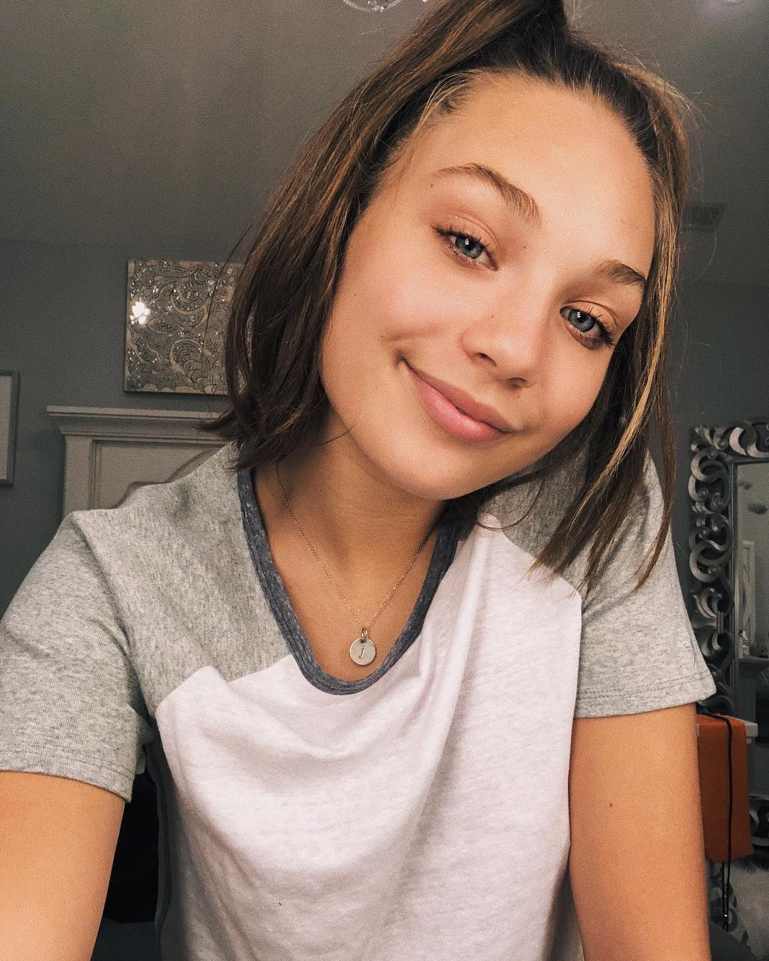 Maddie selfie at home