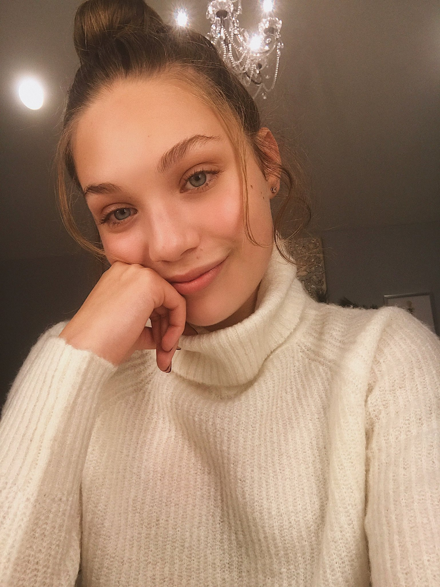 Maddie with little makeup