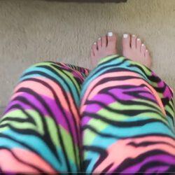 Loren gray feet cute