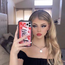 Red lipstick hd