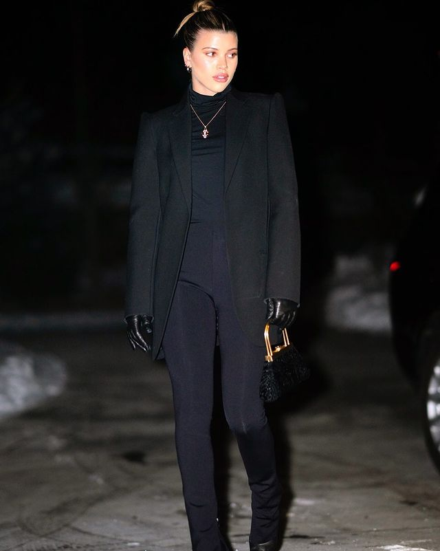 Dark blue black outfit