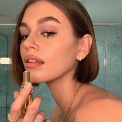 Promoting lipstick