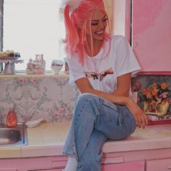Kristen 90s fashion