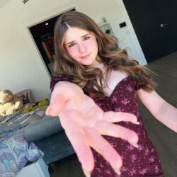 Piper rockelle hand